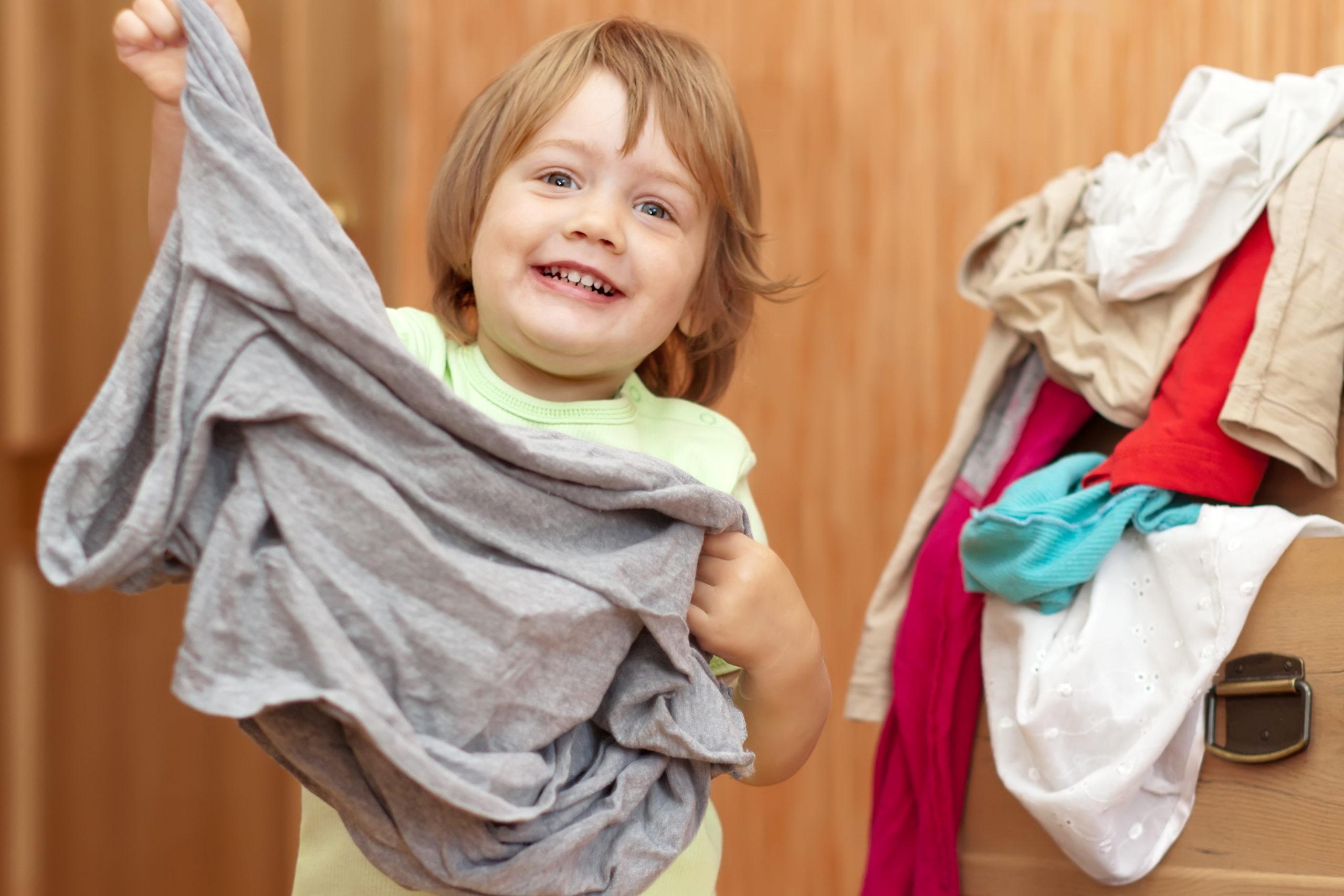 Умеет ли одеваться ребенок