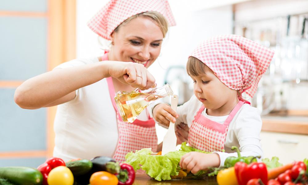 Вместе готовьте еду