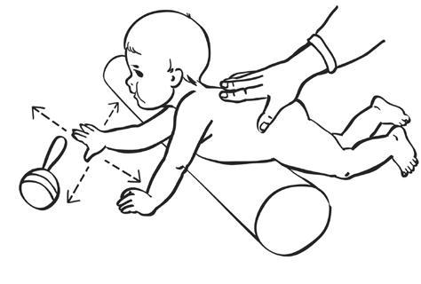 алик под животом у ребенка