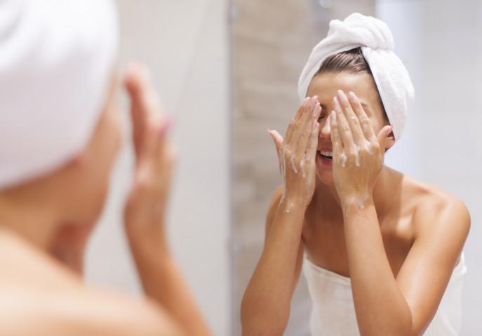 Пенка для очищения кожи лица